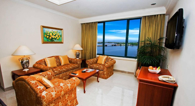 Hotel Aryaduta Makassar