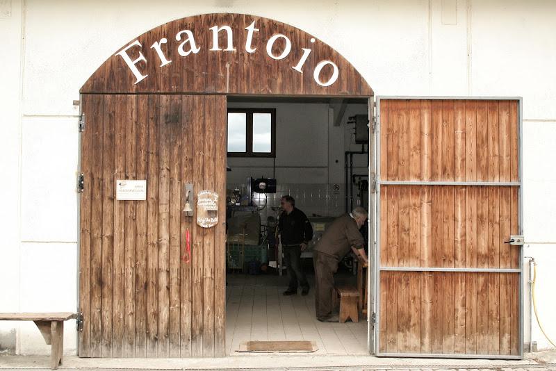 Si va al frantoio... di Gianluca Presto