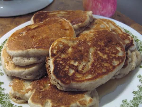 Easy Apple Pancakes