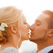 Wedding photographer Dmitriy Petrov (petrovd). Photo of 03.10.2016