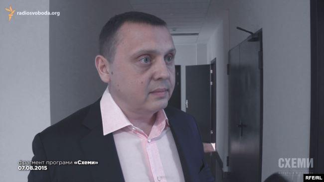 При розгляді справи судді Ємельянова Павло Гречківський постійно просив про самовідвід, та інші члени ВРП йому в цьому відмовляли