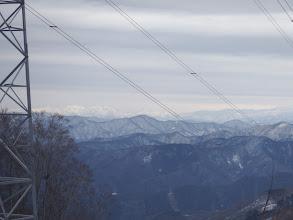 鉄塔から大日山方面の山々(右に白山前衛峰)