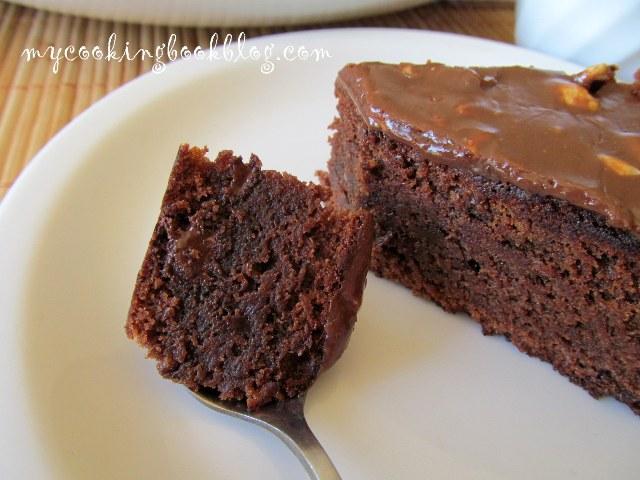 Френски шоколадов сладкиш с мая