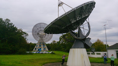 Photo: 10 and 25m dish