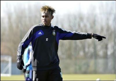 Kanu se rapprocherait du Sporting d'Anderlecht