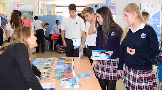 Orientación para jóvenes en la II Feria de Universidades del SEK