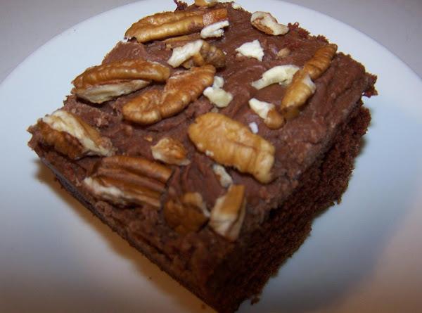 Mama's Famous Chocolate Fudge Cake Recipe