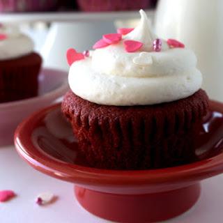 Georgetown Cupcake Red Velvet Cupcakes.