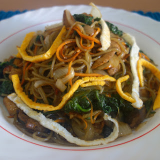 Japchae 잡채 (Korean Sweet Potato Noodle Stir-Fry)