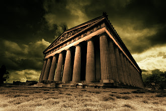 Photo: The Parthenon  On my way to Florida last week, I stopped at Nashville's Centennial Park to visit Parthenon. This was used as a backdrop for the battle against the Hydra on the movie Percy Jackson.