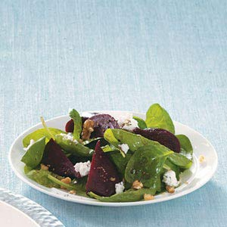 Spinach Salad with Goat Cheese and Beets Recipe | Yummly
