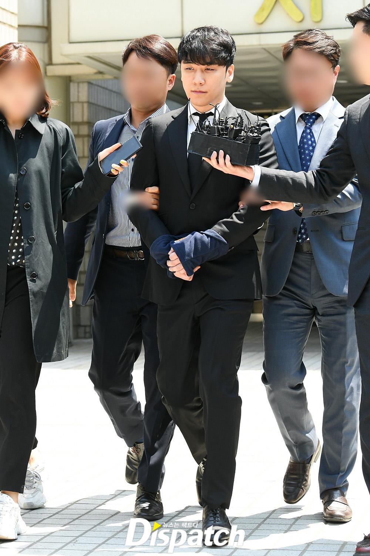 seungri handcuffed 5