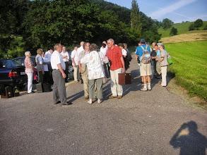 Photo: Unsere Vereinsreise beginnt bei strahlendem Sonnenschein beim Bürgerschopf in Diegten. Wir glauben, dass Petrus doch auch ein Volksmusikfan ist, denn schöneres Wetter kann man nicht haben.