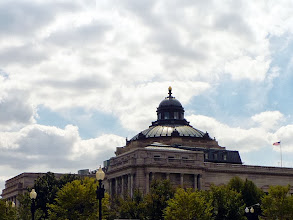 Photo: Dome and lantern of the Library of Congress from the north east on Second Street.