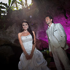 Wedding photographer Hernan Santiago (HernanSantiago). Photo of 15.08.2014