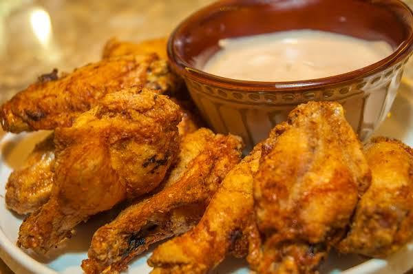 Air Fryer Essentials: Spicy Chicken Wings Recipe