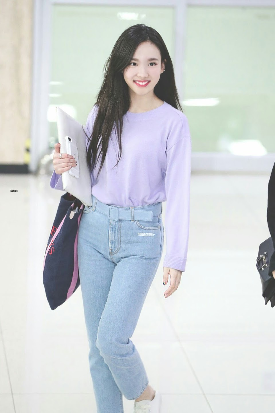nayeon airport fashion6