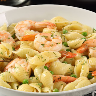 Shells and Shrimp with Garlic Wine Lobster Sauce