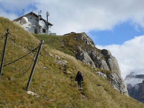 Photo: Colleen hiking down to the main Launch at Col Rodella.