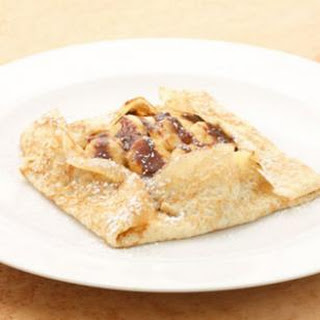 Banana-Caramel Crepes with Nutella