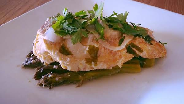 Garlic Butter Trout With Asparagus In Foil