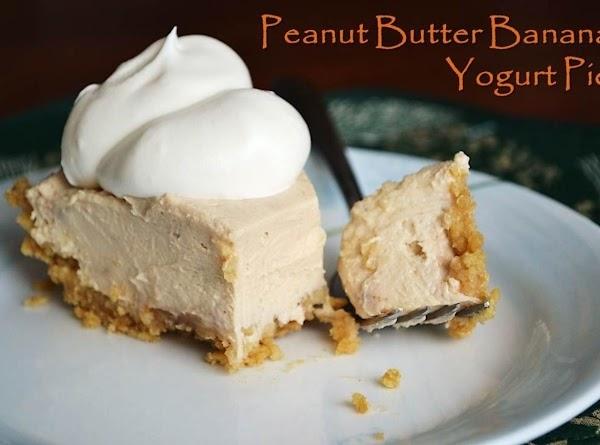 Peanut Butter Banana Yogurt Pie Recipe