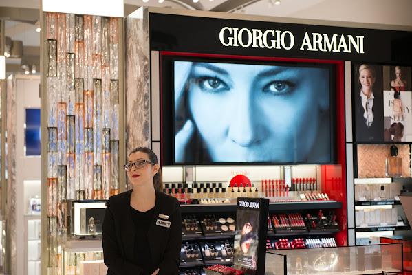 Giorgio's shop assistant di Matteo Faliero