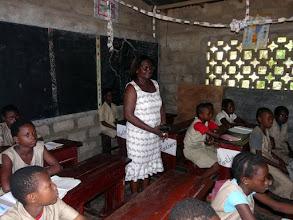 Photo: Le complexe scolaire primaire d'Acropokodji, où notre amie Pélagie a obtenu le poste de directrice en 2010