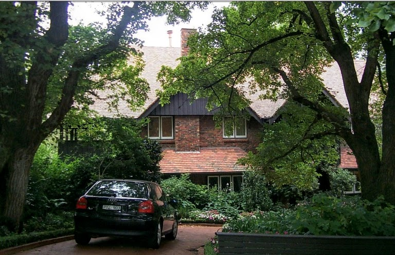 Talzie or Telgai House at 4 Struan Street, Toorak