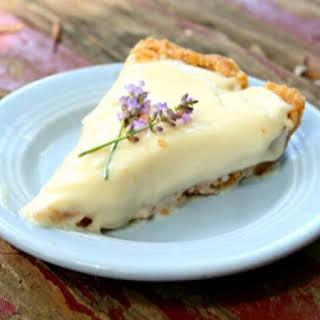 No Bake Lemon Icebox Pie.