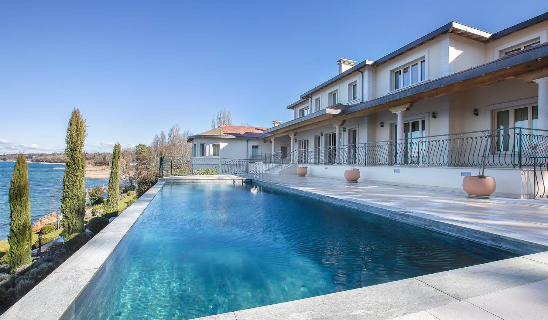 Property with pool Chens-sur-Léman