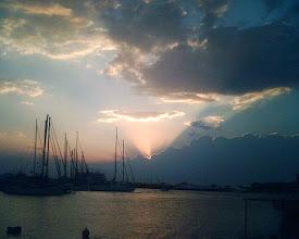 Photo: Güneş doğuyor. Sunrise.