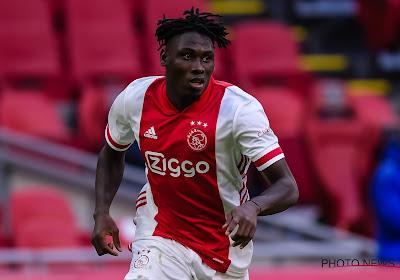 Speler van Ajax klaar om transfer naar Oekraïne af te ronden, ondanks aanbiedingen uit Frankrijk en Italië