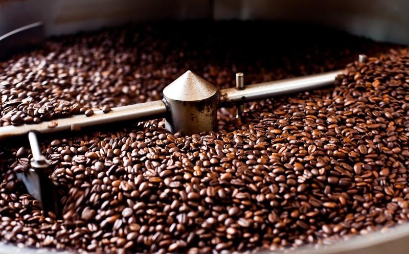 Đơn vị cung cấp hạt cà phê nguyên chất uy tín thường sở hữu quy trình rang xay cà phê chuyên nghiệp