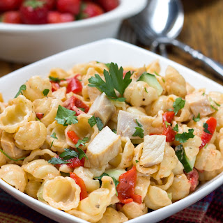 Chicken & Red Pesto Pasta Salad.
