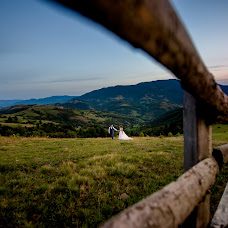 Wedding photographer Andrіy Opir (bigfan). Photo of 03.12.2017
