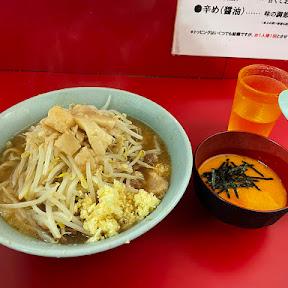 【贅沢グルメ】ラーメン二郎のラーメンは生卵に浸して食べるとウマイよ / 生とじ玉子だと最強