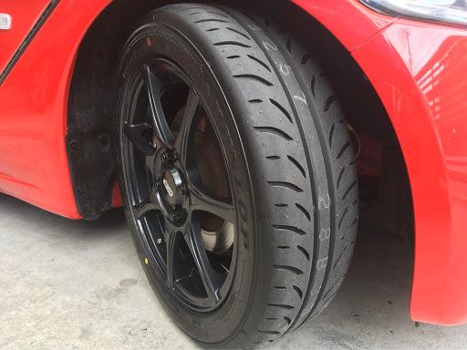 S660タイヤの画像