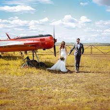 結婚式の写真家Nadya Yamakaeva (NdYm)。01.02.2017の写真