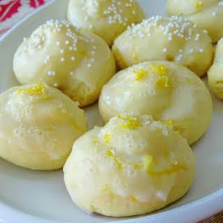Anginetti, Italian Lemon Knot Cookies.
