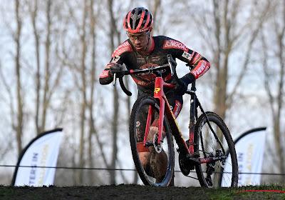 Sweeck pakt laatste cross van het seizoen mee in Oostmalle, voor Hermans en Van der Haar