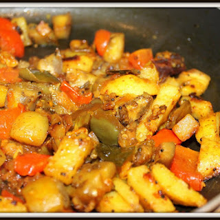 Baingan Aloo(Spiced Eggplant Potato Indian Recipe).