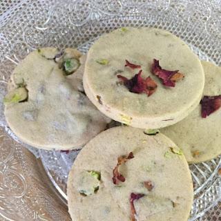 Rose and Pistachio Shortbread Recipe