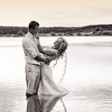 Wedding photographer Aleksandr Kostosyak (saniol). Photo of 15.09.2013
