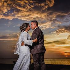 Wedding photographer Heile Suarez (PhotoPosterHei). Photo of 25.08.2017