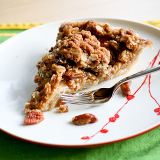 Vanilla & Pear Crumble Pie