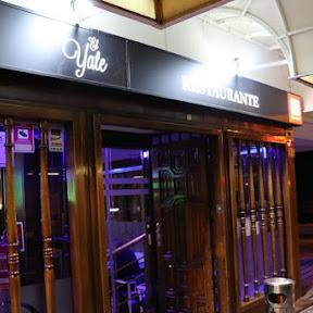 タパスをつまみつつチョイ飲みが楽しめるマドリードのレストラン「エル・ジャテ」