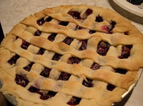 Click Here for Recipe: Perfect Pie Crust Promise! Cast Iron Skillet Pie...