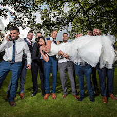 Wedding photographer Carl Dewhurst (dewhurst). Photo of 10.08.2016