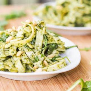 10 Minute Vegan Alfredo Pesto Pasta {Gluten-Free}